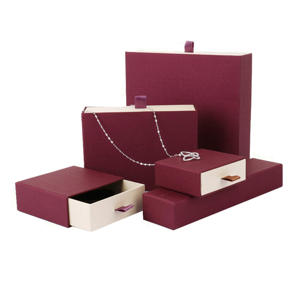 Luxury paper jewelry box 15123